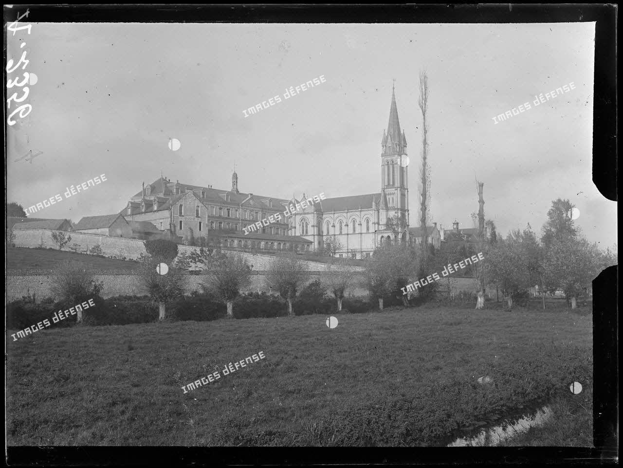 Hérouville près Caen (Calvados). Hôpital sanitaire ; vue générale. [légende d'origine]