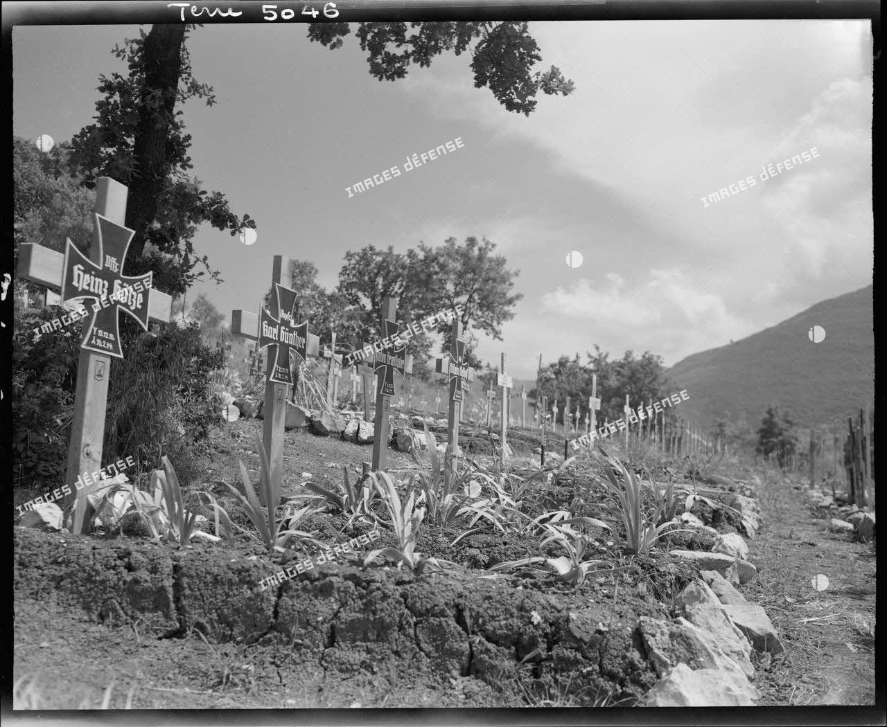 Cimetière allemand près de la commune de Sant' Oliva, dans la vallée du Liri.