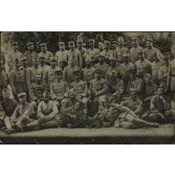[Photographie de groupe de militaires].