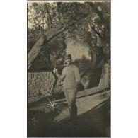 Carrières du capitaine Lionel Dumas au 1er régiment de tirailleurs de la Légion étrangère, en poste au Maroc pendant la première guerre mondiale, et du général Alexandre Dumas, officier colonial en mission en Indochine et au Dahomey à la fin du XIXe siècle.