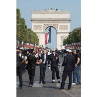 Interview d'un lieutenant-colonel de l'aéronavale à l'occasion du défilé du 14 juillet 2018 à paris.
