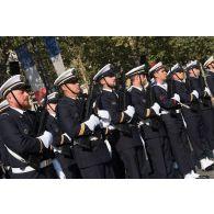 Rassemblement de l'équipage du SNLE (sous-marin nucléaire lanceur d'engins) Le Vigilant avant de défiler lors du 14 juillet 2018.