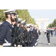 Rassemblement des équipages sous-mariniers avant de défiler lors du 14 juillet 2018.