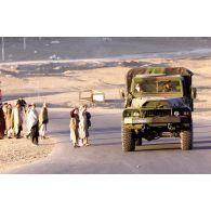 Patrouille de reconnaissance du 21e régiment d'infanterie de marine (RIMa) et du 17e régiment du génie parachutiste (RGP) près de Kaboul.