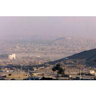 Vue de Kaboul depuis un point haut.