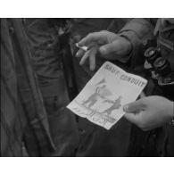 Opération Kef Hahouner, regroupement de population dans la région de Jemmapes, distribution de tracts.