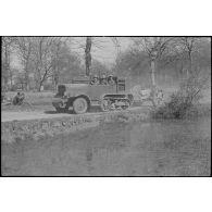 L'armée d'armistice : le 24e RA stationné à Tarbes (Hautes-Pyrénées).