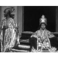 [Maroc : fantasia ; Londres ; Allemagne ; couronnement de la reine d'Ethiopie.]