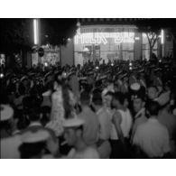 Danse à l'occasion du 14 juillet à Alger.