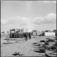 Obsèques de cinq parachutistes du 2e RPC à Port-Saïd.