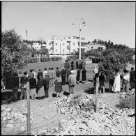 Cérémonie du 11 Novembre à Port-Fouad. Prise d'armes du 2e RPC.