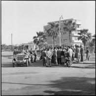 Prise d'armes et défilé des troupes françaises à Port-Fouad.