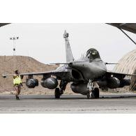 Opération Chammal: Préparatifs d'un raid aérien en Jordanie.