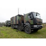 Camion Kerax PCS de conduite de tir d'une section SAMP/T Mamba lors de l'exercice Nawas 2012.