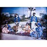 Famille mauresque, résidence de Casablanca. [légende d'origine]