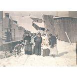Reims. Femmes portant du charbon. [légende d'origine]