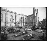 Nieuport (Belgique). Eglise et cimetière. [légende d'origine]