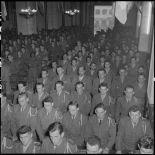 Les militaires sont nombreux à assister à la commémoration de la libération de Colmar célébrée en la cathédrale Saint-Joseph d'Hanoï