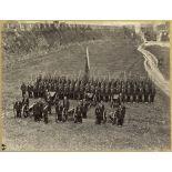 [Ningbo, 1870. Le major Watson à la tête d'une batterie d'artilleurs anglo-chinois].