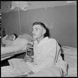 Sergent du 1er BPC (bataillon de parachutistes coloniaux) blessé, évacué de Diên Biên Phu et hospitalisé à Hanoï, probablement à l'hôpital Lanessan.