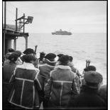Vue sur le convoi maritime transportant une partie de la 1re DLCh vers l'Ecosse ou la Norvège.