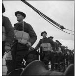 Chasseurs alpins du 67e BCA à bord du paquebot/transport de troupes El Mansour.